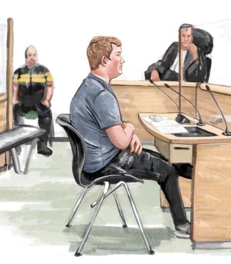 Acht maanden celstraf voor oud-politieman die naaktfoto stuurde aan 11-jarige