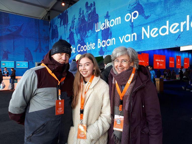 Yvonne Visser met haar man Gerard en dochter Loena. Beeld Hanneloes Pen
