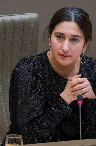 """Misnoegde zonnepanelen-eigenaar (42) voor rechter na dreigmail aan minister Zuhal Demir: """"Ik kon er niet meer van slapen"""""""
