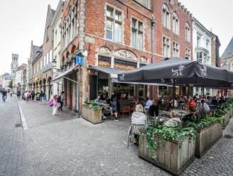 """Horecastop in belangrijkste Brugse winkelstraten: """"Als we alles zouden loslaten, wordt de Steenstraat één lang terras"""""""