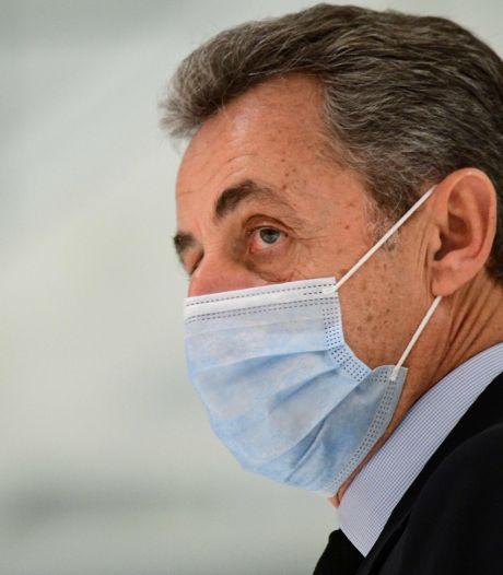 Nicolas Sarkozy vacciné en janvier: a-t-il bénéficié d'un passe-droit?
