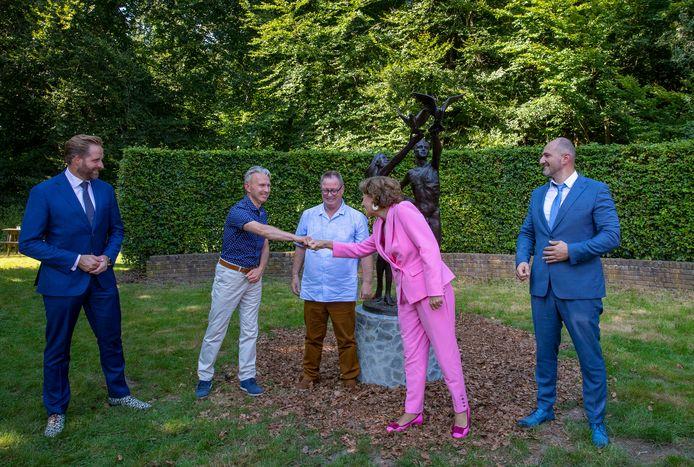 Hugo de Jonge, ic-verpleegkundige Herman Hoogstad, Frans van Heumen, prinses Margriet en Gor Khatchikyan, SEH-arts Antonius Ziekenhuis Nieuwegein.