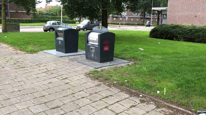 De gewoonste zaak van de wereld in sommige Arnhemse wijken, een uniek gezicht in Presikhaaf, volgens bewoner Bram Derix: afvalcontainers in de straat waar geen rotzooi omheen staat.