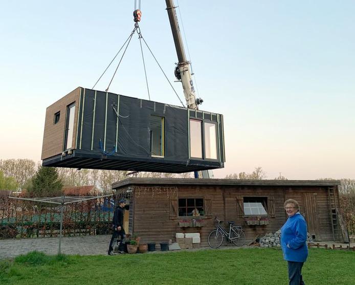 Avec une superficie de 40 m², le module solidaire est plutôt compact. Cependant, Louisa y dispose de tout ce qu'il lui faut.