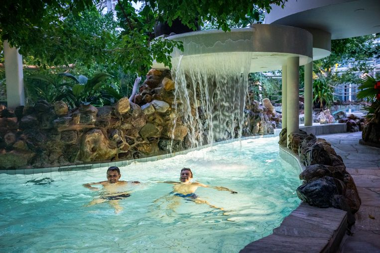 Vanaf 9 juni ziet een vakantie in Center Parcs er opnieuw wat anders uit: dan mogen de subtropische zwembaden open. Beeld Mine Dalemans