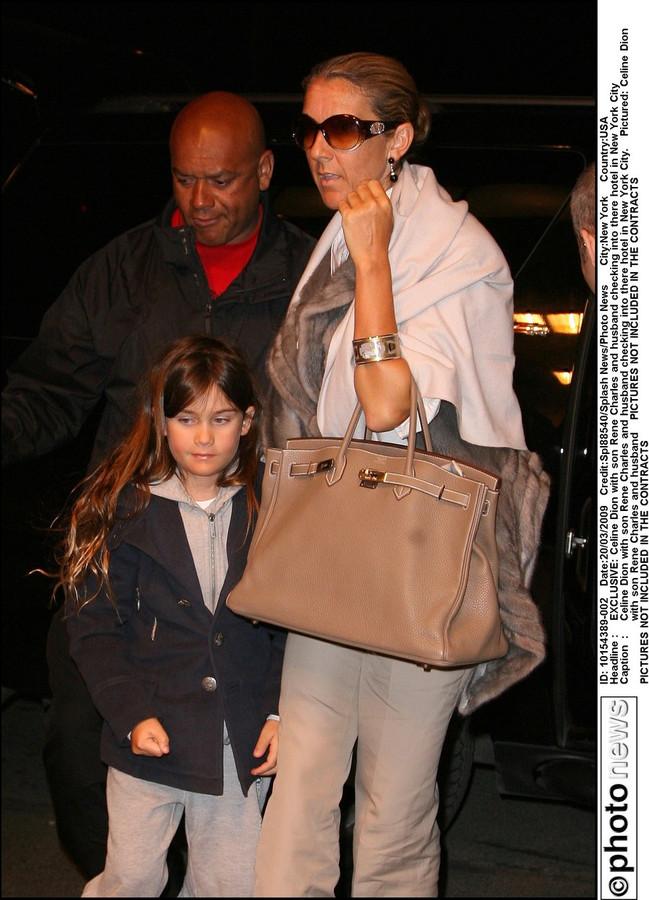 Il fut un temps où René-Charles, le fils de Céline Dion, aurait aussi pu supplier sa mère de l'emmener chez le coiffeur.