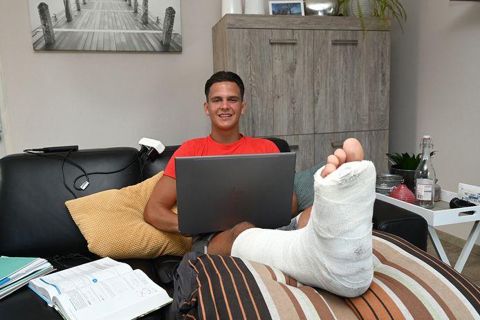 Judoka Niels Thijssen uit Boxmeer heeft onlangs zijn rechterenkel gebroken.