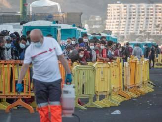 Spanje bouwt opvangcentra voor migranten op Canarische Eilanden