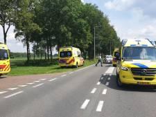 Fietser ernstig gewond bij aanrijding met auto in Losser: traumahelikopter geland