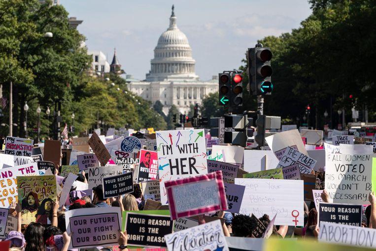 Vorige week demonstreerden duizenden betogers in de VS, zoals in de hoofdstad Washington, tegen de strenge anti-abortuswetten in Texas en andere staten. Beeld AFP