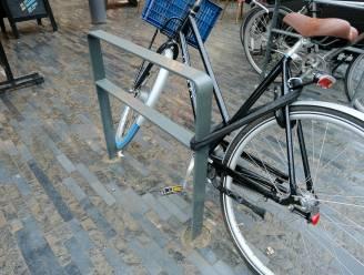 Brussel vormt parkings aan zebrapaden om tot fietsparkeerplaatsen