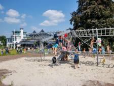 Onthulling speelvliegtuig is het begin van nieuwe groenstraat Esplanade in Meerhoven