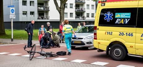 Weer fietser geschept op gevaarlijke kruising Haendellaan Tilburg