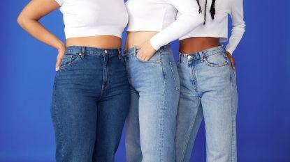 De 3 grootste jeanstrends waar mensen online naar zoeken