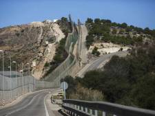 60 clandestins franchissent la frontière à Melilla