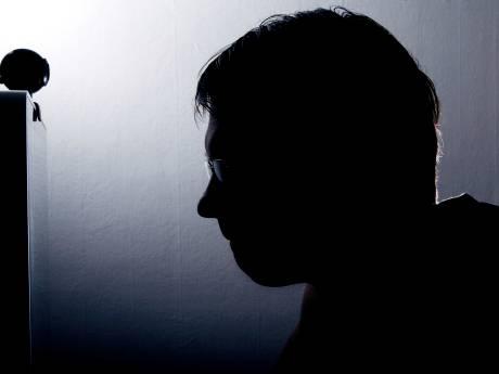 De verslaving aan kinderporno was groter dan de angst voor gevangenisstraf bij 45-jarige Veenendaler