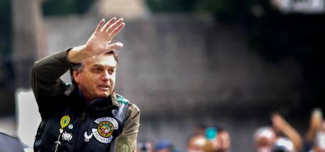 Le président Bolsonaro condamné à 108 dollars d'amende pour non-port du masque