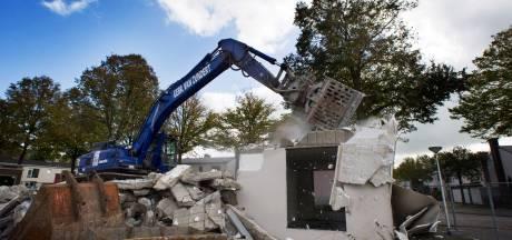 Bewoners Bomenwijk 'gek gemaakt' door werkzaamheden: 'Leef in bouwput en betaal ervoor'