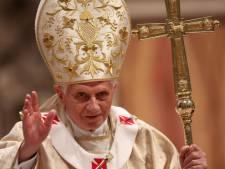 Paus: Kerst is te commercieel, kijk verder dan de oppervlakkige glitter