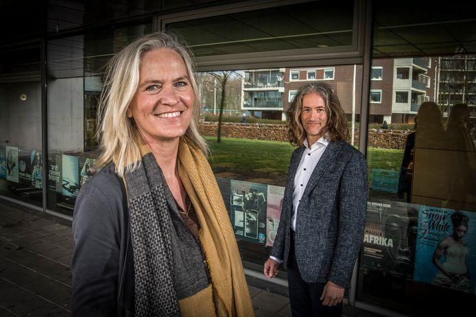 Bestuurder Inge Sterenborg van Het Noordik en vmbo-directeur Jan van der Meij van Het Erasmus zijn de laatste vier jaar volop bezig met de nieuwe vmbo-school.