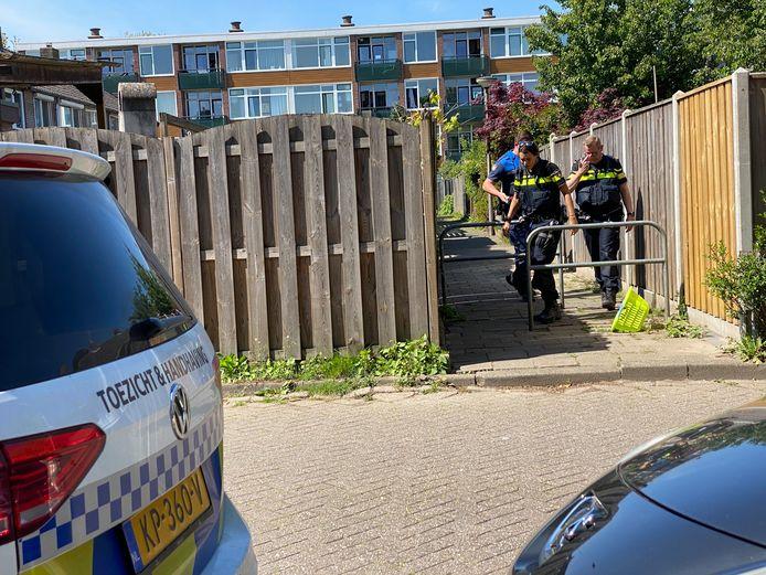 Een illegale kapsalon in de Deventer Rivierenwijk.
