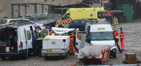 Twee bouwvakkers bij zandafgraving in Spijk vermoedelijk onwel door koolmonoxide van kachel