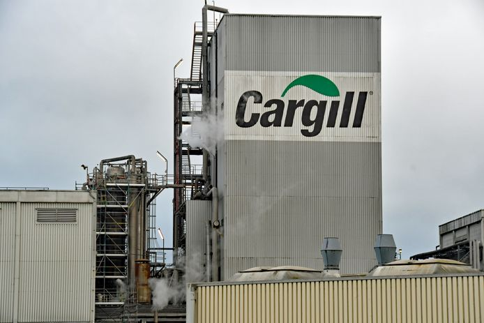 Cargill in Sas van Gent, geen Sassenaar die niet het typische luchtje dat rond de fabriek hangt kent.