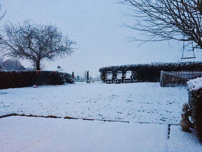 Mechelen ontwaakt onder een sneeuwtapijt.