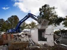 Buurt baalt van bouwput in Bomenwijk: 'Het lijkt hier wel het Oostblok'