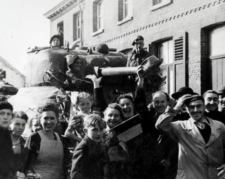 Een foto van bij de bevrijding van Sint-Niklaas, op zaterdag 9 september 1944.