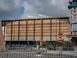 Tot 25.000 euro schade bij Plopsaland door Aurore: storm rukt groot spandoek aan ingang los