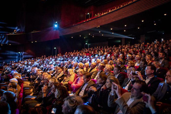 Het Theaterhotel, bomvol vóór de coronacrisis, kan het wel wat minder doen, vindt de PVV.