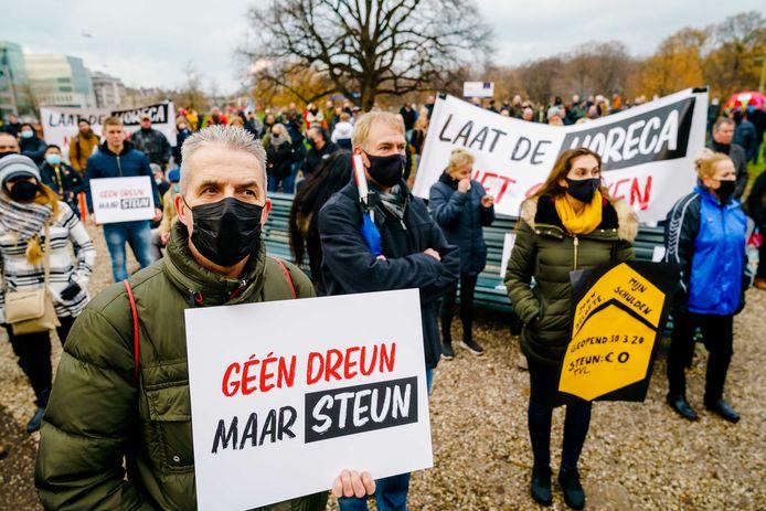 Horeca-ondernemers protesteerden regelmatig op het Malieveld in Den Haag over de steunmaatregelen. Die waren niet altijd toereikend. Volgens het CBS hebben de pakketten van de overheid echter veel bedrijven in de lucht gehouden.