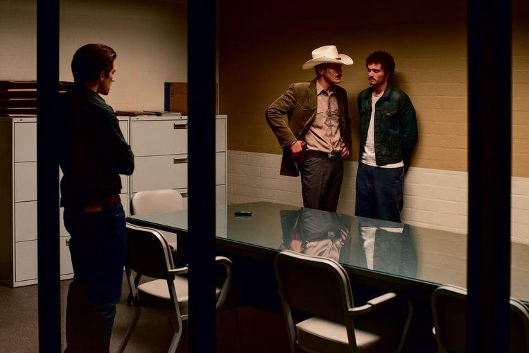 Michael Shannon (links) en Karl Glusman in 'Nocturnal Animals' van Tom Ford. Beeld rv