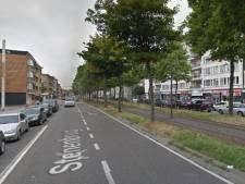 Politie beboet verkeersinbreuken aan supermarkt