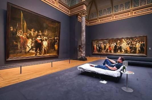 Stefan Kasper mocht zomaar een nachtje in het Rijksmuseum logeren.