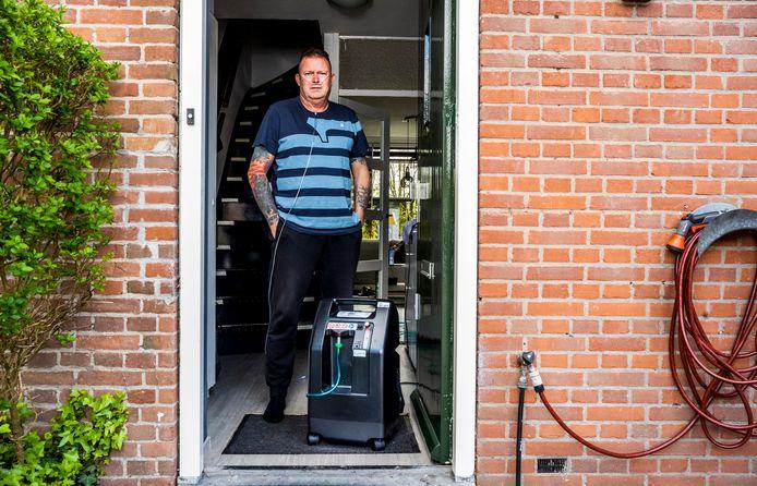 Danny Kleen lag 35 minuten in de ambulance voor er plek in het Maasstad was. Hij beseft dus hoe druk het is.