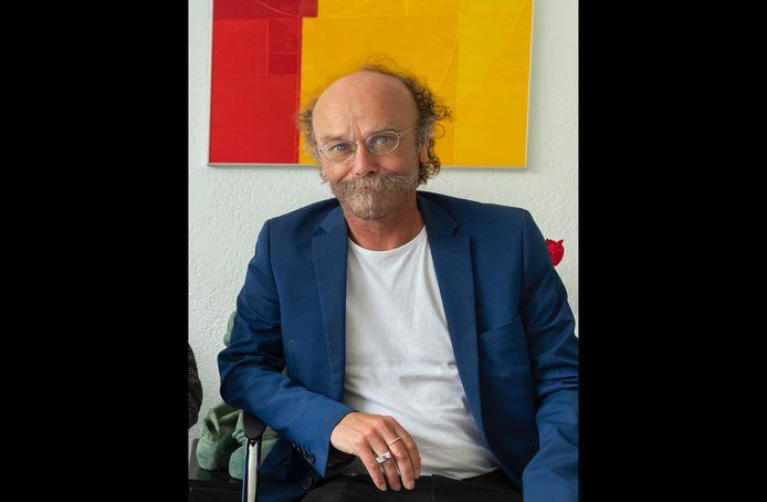 Hemmy van Reenen, onlangs nog geportretteerd tijdens zijn interview met de Ermelose kunstenaar Viktor Majdandžić (90).
