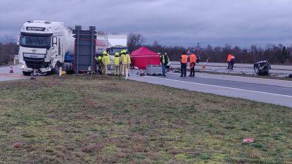 Automobilist omgekomen bij aanrijding met vrachtwagen in Pelt