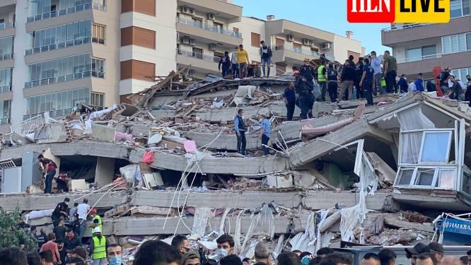 Al 8 doden en 210 gewonden na zware aardbeving vlakbij Turkse stad Izmir: beelden tonen hoe gebouwen instorten en tsunami kust overspoelt