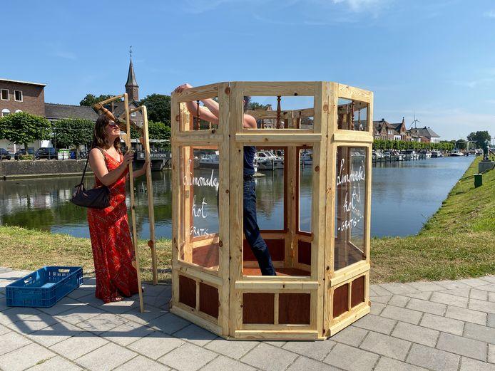 Edmond en Marlies bouwen het kot op aan de Westkade in Sas van Gent