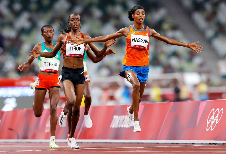 Sifan Hassan wint haar serie op de 5.000 meter in Tokio. Vorige maand liep de atlete liep op nieuwe 'superspikes' een wereldrecord op de 10.000 meter. Beeld EPA