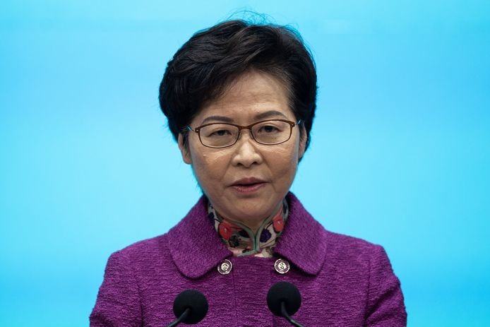 De regeringsleider van Hongkong, Carrie Lam vindt haar eigen land een gapend gat in de nationale veiligheid van China.