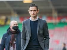 Rogier Meijer blijft trainer van NEC, Nijmeegse club verlengt ook met Edgar Barreto