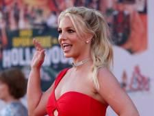 Fans Britney Spears bezorgd om topless foto's: 'Tegen haar wil'