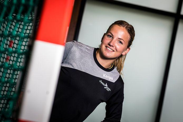 Manon Zijlmans stapte vorig jaar over van PSV naar Handbal Venlo.