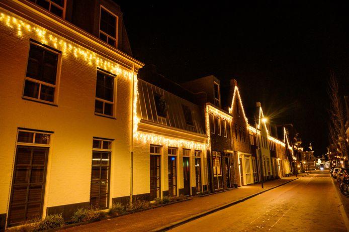 Kerstverlichting in de Alphense Hooftstraat.