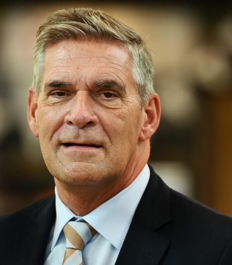 Burgemeester Naafs van Utrechtse Heuvelrug moet ambtswoning uit vanwege bezuinigingsoperatie