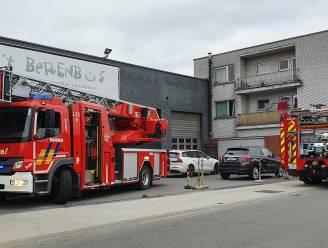Bewoners blussen zelf schouwbrand in Warandelaan
