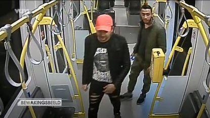 Wie herkent deze twee mannen die jonge vrouw op tram 4 aanrandden?